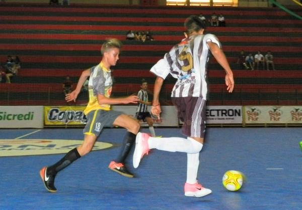 9d1c5b075f Olho na Bola - Jogos Escolares  NotíciasJEP S  disputas do futsal na ...