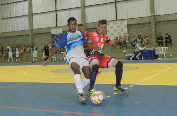 62caf5eec9 Olho na Bola - Futsal  NotíciasJaclani Futuro inicia temporada com ...