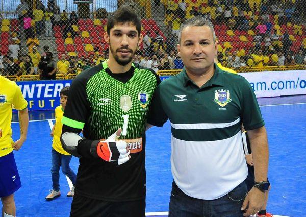 f0816b9356 Brasil contou com a presença de dois representantes da Copagril  o goleiro  Deivd e o supervisor Eduardo Santana.